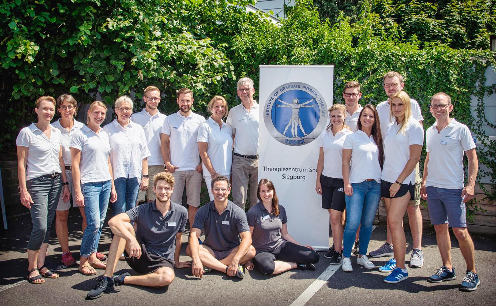 Die Teams der Therapiezentren SNOEK